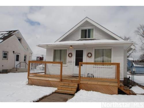 1805 Cottage Avenue E Photo 1