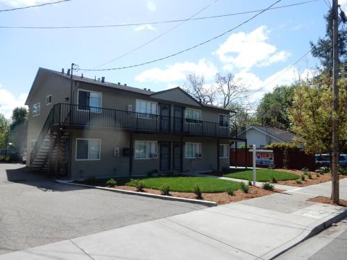 4458 Pleasanton Avenue Photo 1