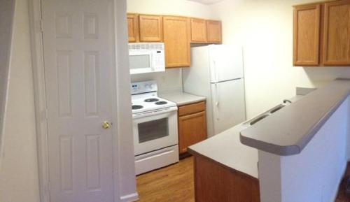 114 Suite Life Circle #L Photo 1