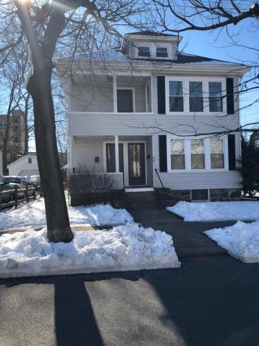 46 Brookline Avenue Photo 1