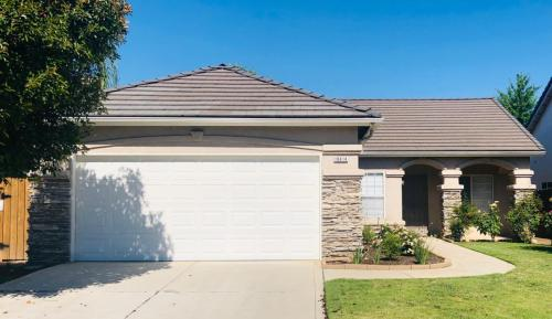 Houses for Rent in Fresno, CA from $650 to $2 9K+ a month | HotPads