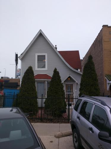 3147 N Spaulding Avenue Photo 1