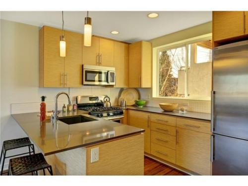 8507 10th Avenue NW Photo 1