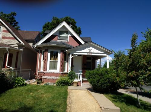 3359 N High Street Photo 1
