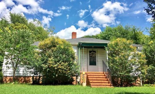 415 Clover Street Photo 1