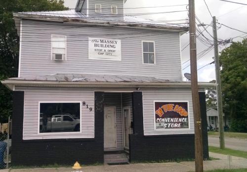 819 Castle Street #C Photo 1