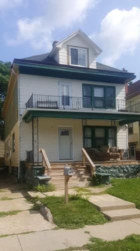 236 Loring Avenue Photo 1