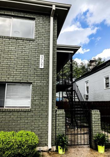 3727 Iberville Street Photo 1