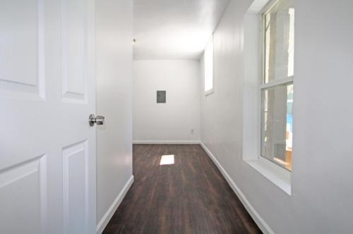 3303 Chestnut Street Photo 1