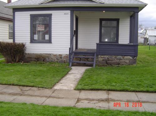 4823 N Nelson Street Photo 1