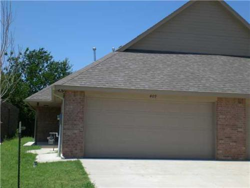 409 Sterling Pointe Way Photo 1