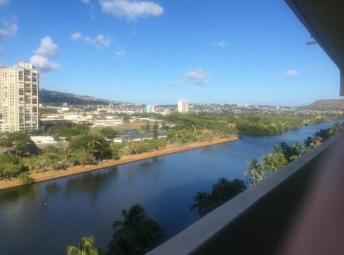 2085 Ala Wai Boulevard Photo 1