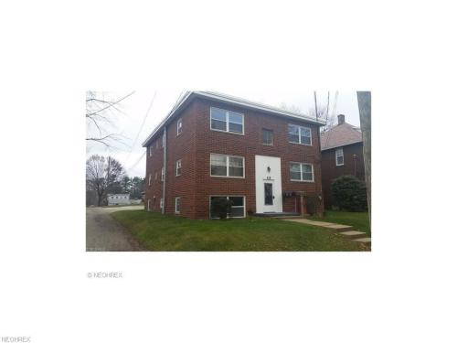 115 Hillcrest Avenue NW #1 Photo 1