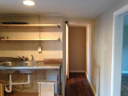 822 Booth Street #B Photo 1