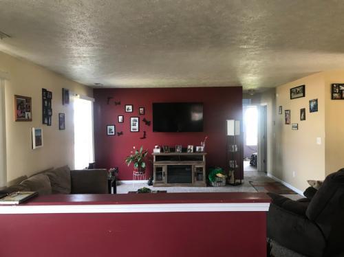 7904 Kenhurst Drive Photo 1