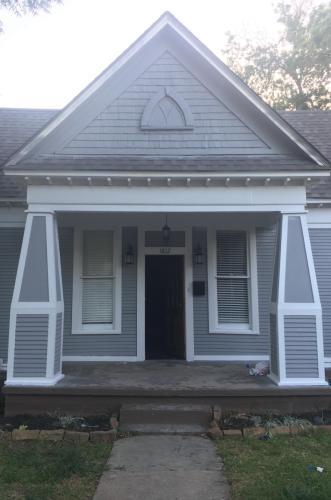 1812 Alston Avenue Photo 1