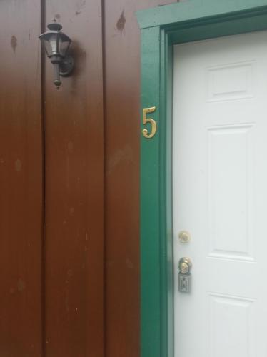 585 Allison Street #5 Photo 1
