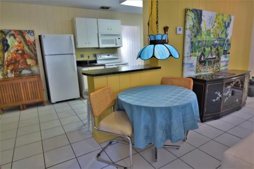 5318 Calle Florida Photo 1
