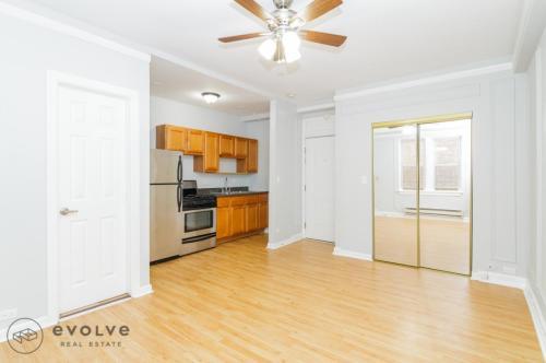 5860 N Kenmore Avenue Photo 1