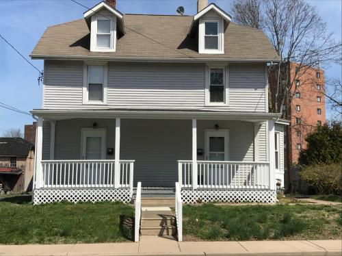 61 Byberry Road Photo 1