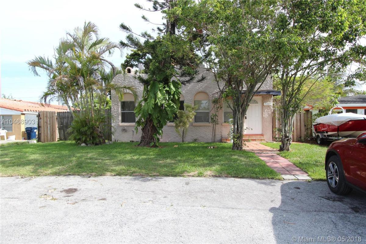 Stupendous 1482 Ne 174Th Street Apt A 1482 North Miami Beach Fl 33162 Interior Design Ideas Clesiryabchikinfo