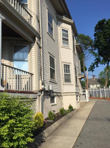 399 Hope Street #2 Photo 1