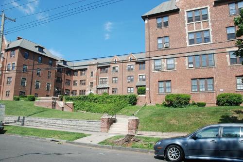 92 Livingston Street Photo 1