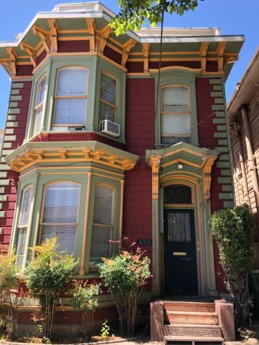193 N 5th Street #A Photo 1