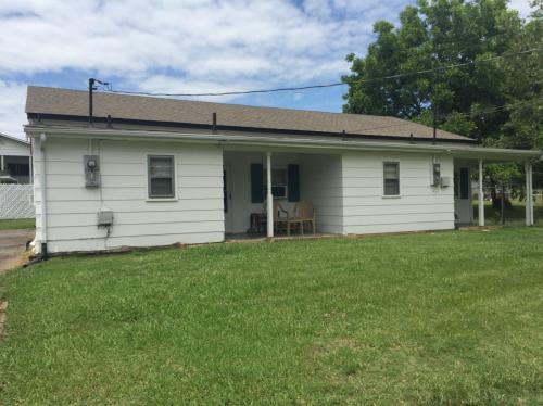 610 Hester Drive Photo 1