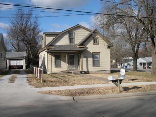 931 S Kansas Avenue Photo 1