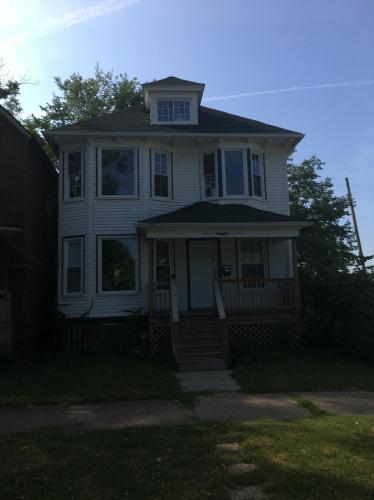 234 E Bethune Street Photo 1