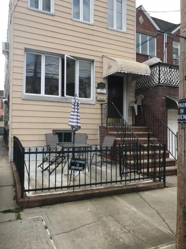 2452 E 1st Street Photo 1