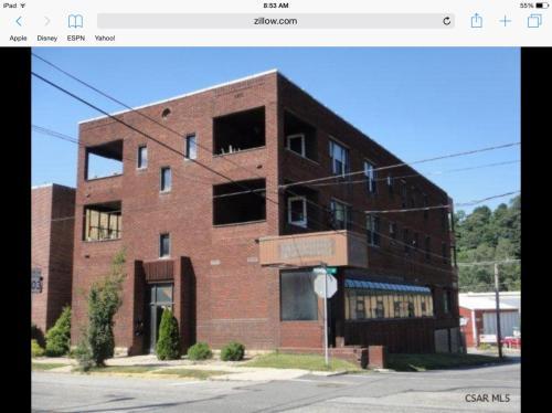 639 Ferndale Avenue #2A Photo 1