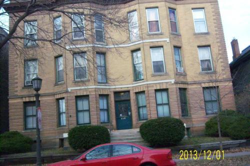 301 Dayton Avenue Photo 1