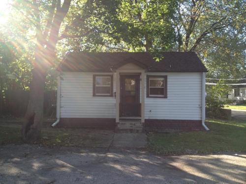 705 Carlson Street Photo 1