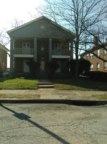 1032 Cumberland Avenue #3 Photo 1