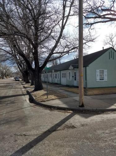 208 Ord Street Photo 1