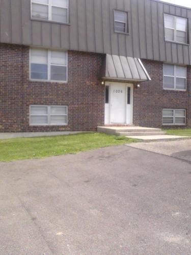 1033 Eisenhower Circle #5 Photo 1