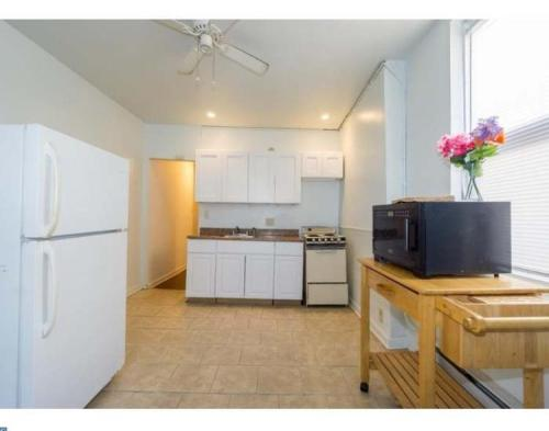 5818 Willows Avenue #2ND FLOOR Photo 1