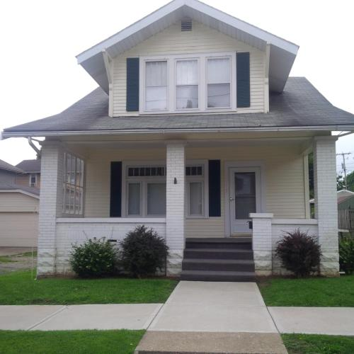 915 Taylor Avenue Photo 1