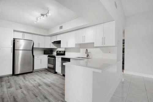 3190 Leewood Terrace #L204 Photo 1