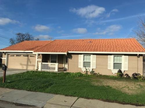 1405 Nogales Street Photo 1