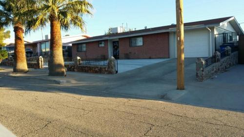 7806 Basswood Avenue Photo 1