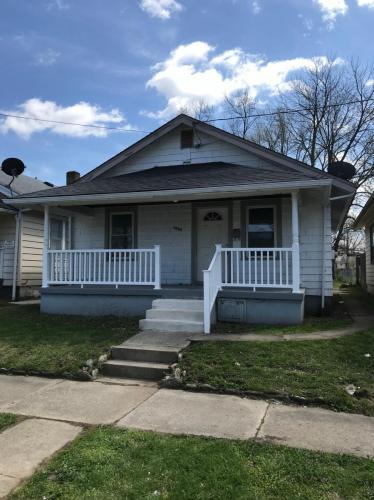 1669 Howell Avenue Photo 1