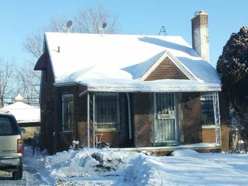 150 W Brentwood Street Photo 1