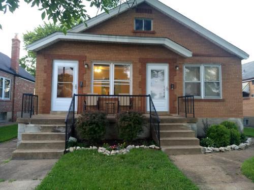4945 Parker Avenue Photo 1