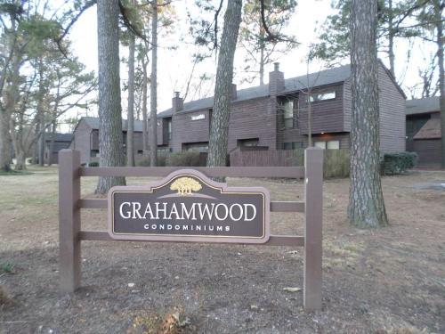 3992 Grahamdale Circle #A Photo 1