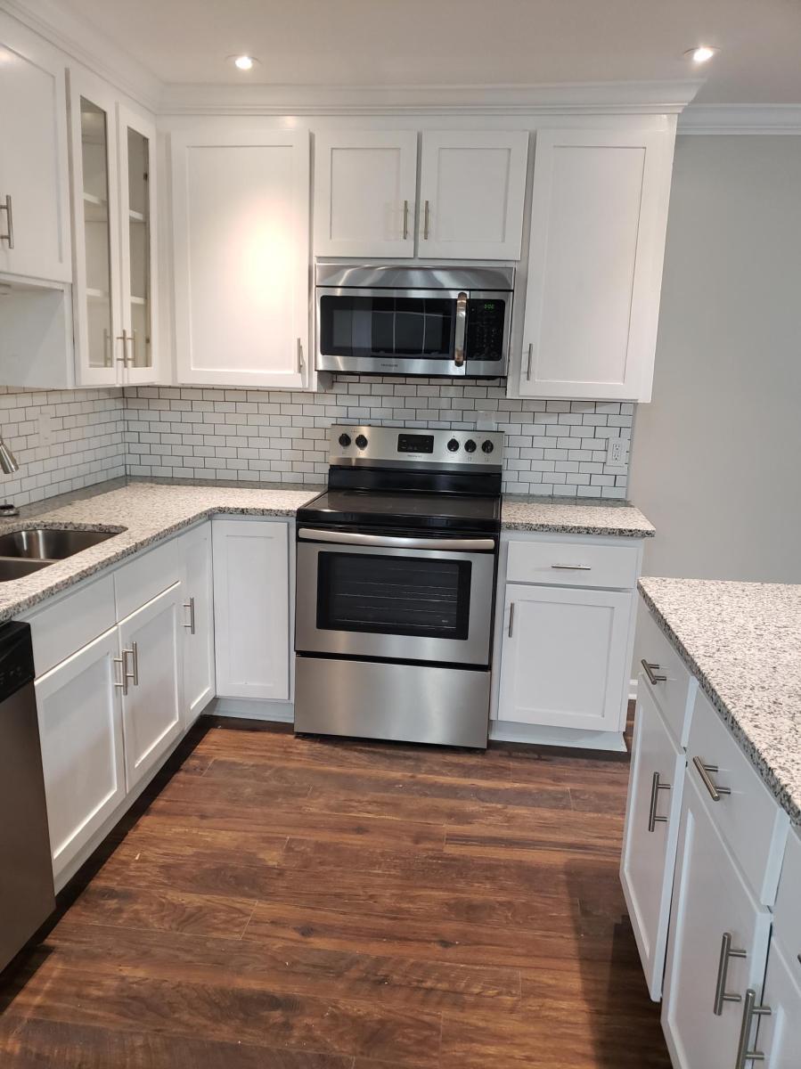 Kitchen Stainless Steel Frigidaire Liances Granite Countertops 1518 Honeyle Road