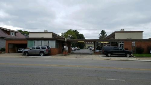 7435 E Main Street #OFFICE Photo 1