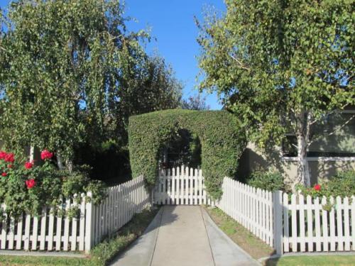 2547 N Buena Vista Street Photo 1